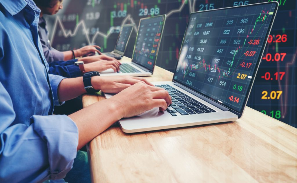 Are you looking for the best online stock trading brokers? This article is for you.